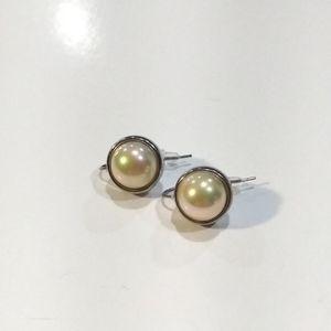 NWOT Limited Faux Pearls Earrings.